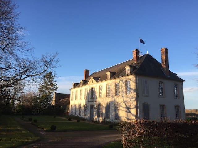 Château de la Cornière - Macé - Hrad