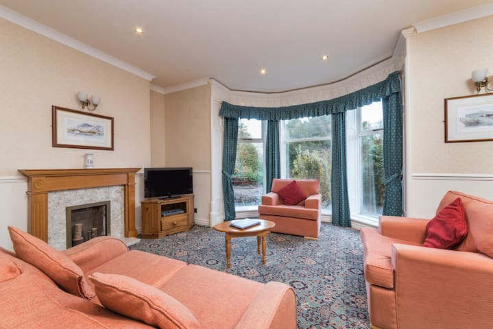 Derwent Manor Classic 1 Bedroom Apartment