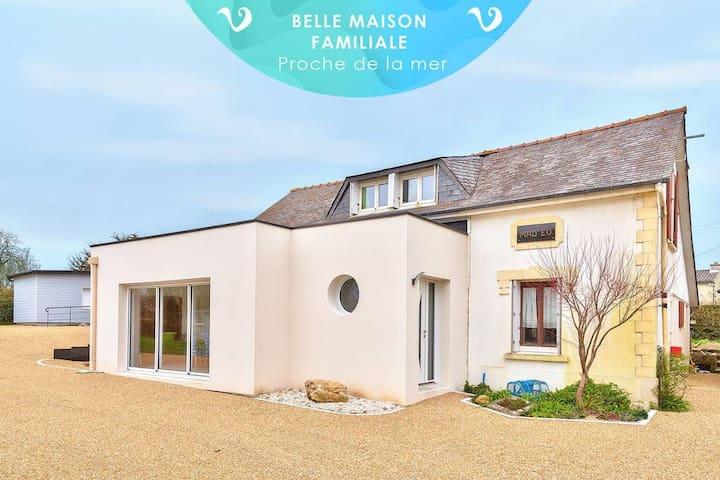 Maison Mad eo - familiale, spacieuse et bien équipée, proche plage Trégana, cadre agréable et reposant