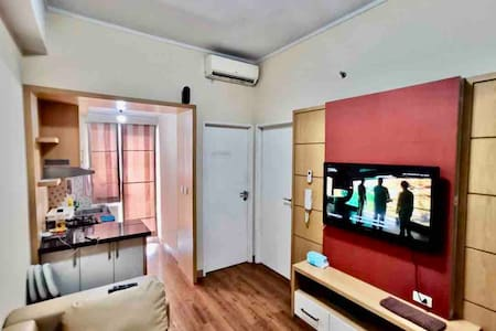 Season City Apartemen 2 Bedroom (extra mattress)
