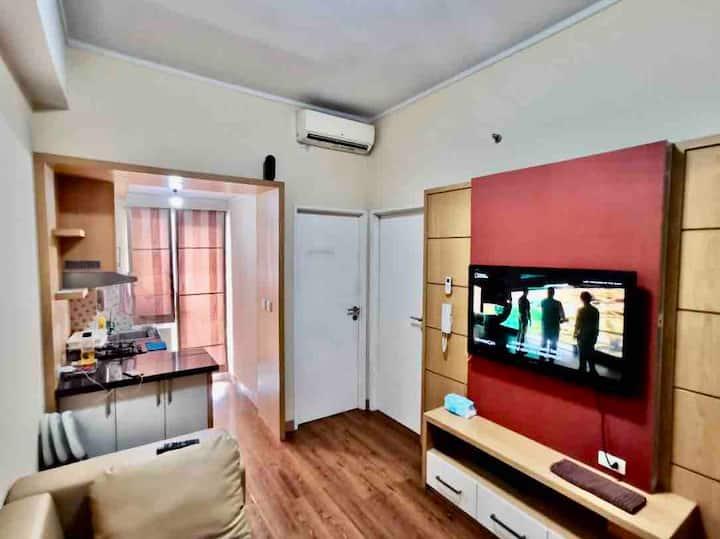 Season City Apartemen 2 Bedroom (extra mattress)