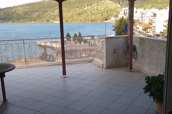 Independent Appartment in Amfilochia with sea view
