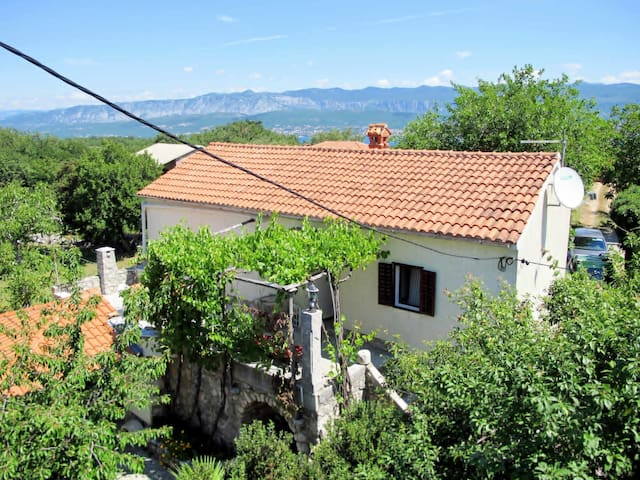 Holiday House Ljudevit for 6 persons in Malinska