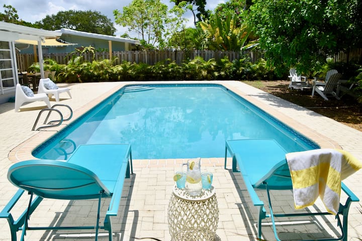 •Sunhouse• Private pool oasis w BBQ•Includes bikes