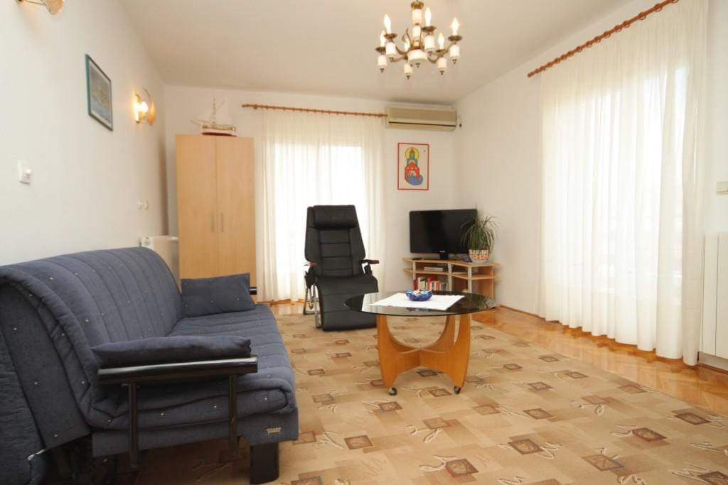 Living room, Surface: 22 m²