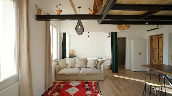 Appartement Loft au coeur du village de Cassis.