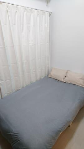 HIDE TERRACE セミダブルベッド個室