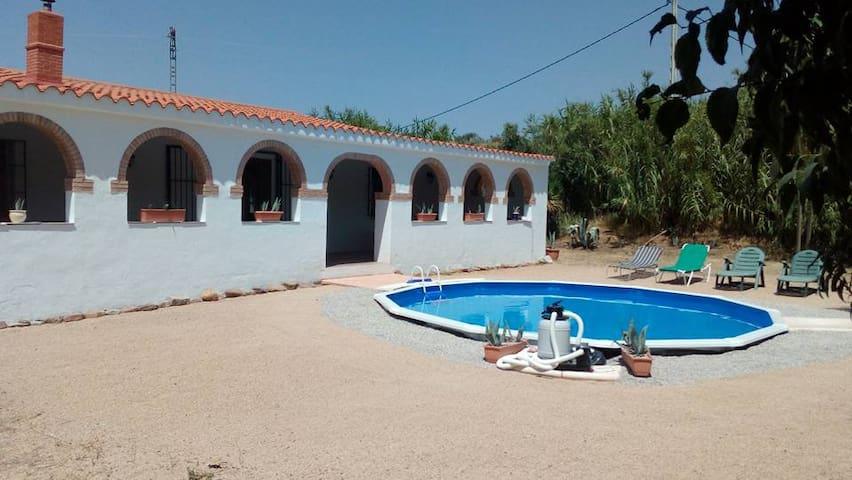 Prachtige villa in de vallei van Zarra