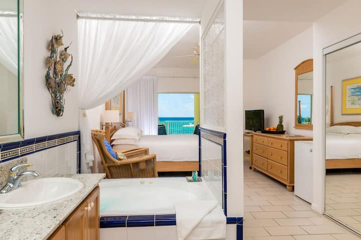 Wyndham Reef Resort Grand Caymen