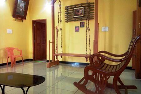 Sudharsan-4 Guests inclv. Breakfast(2 Kms Airport)