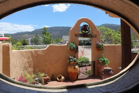 Tranquil 2 bdrm private suite - Cedar City - Dom