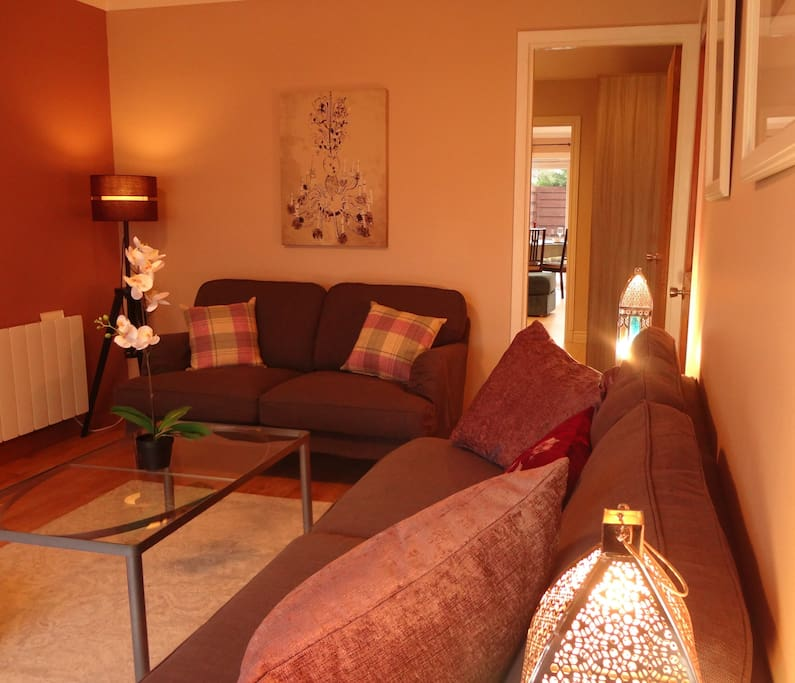 Second sitting room -peaceful!