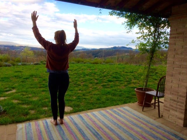 Yoga and health retreat in the Umbrian countryside - Monte Castello di Vibio - House