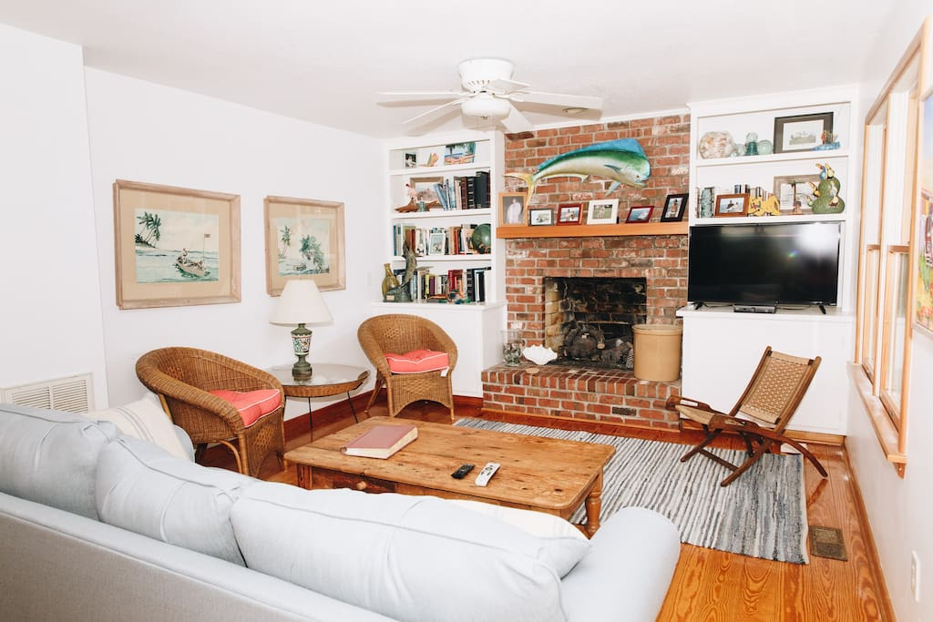 Livingroom area with propane fireplace