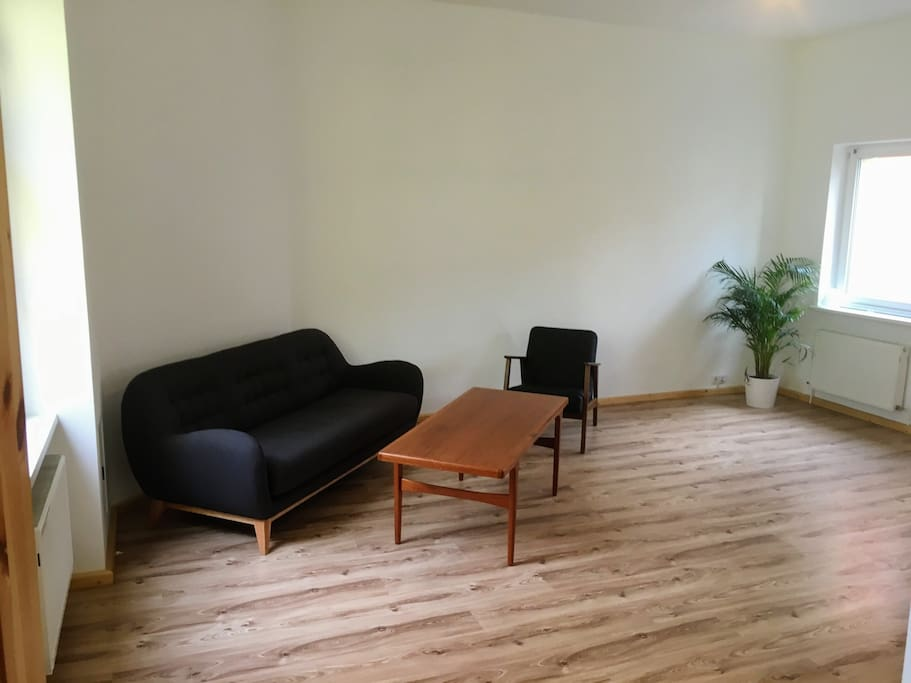 Very large and bright bedroom/sitting area.  Bed is 200x200cm