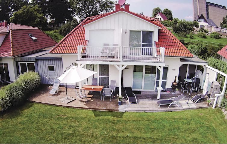 Semi-Detached with 2 bedrooms on 63 m² in Bad Kleinen