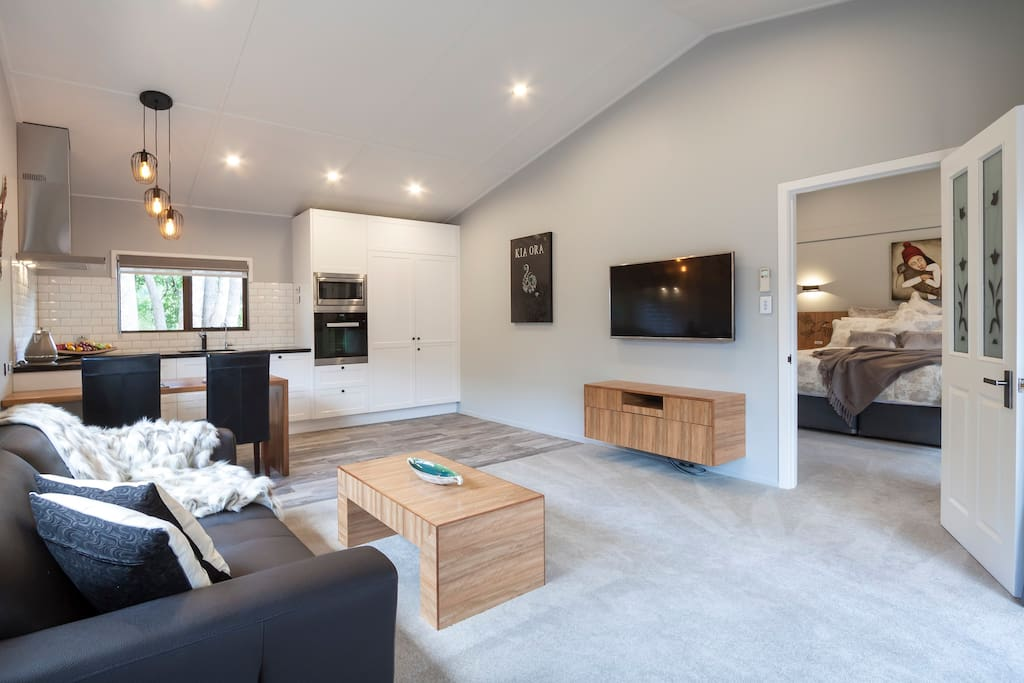 Living area, dining and kitchen
