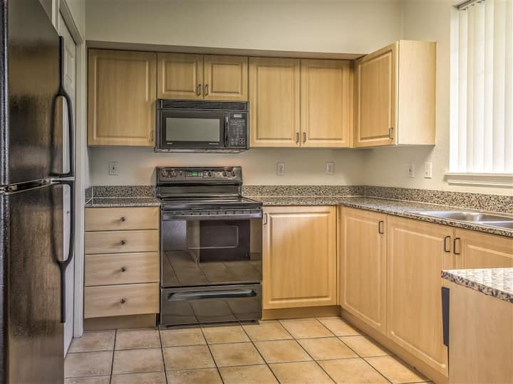 Your home away from home | 1BR in Boise