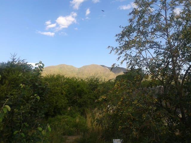 """""""Casita Rustica"""" en ambiente natural cerro gemelas - Capilla del Monte - Casa"""
