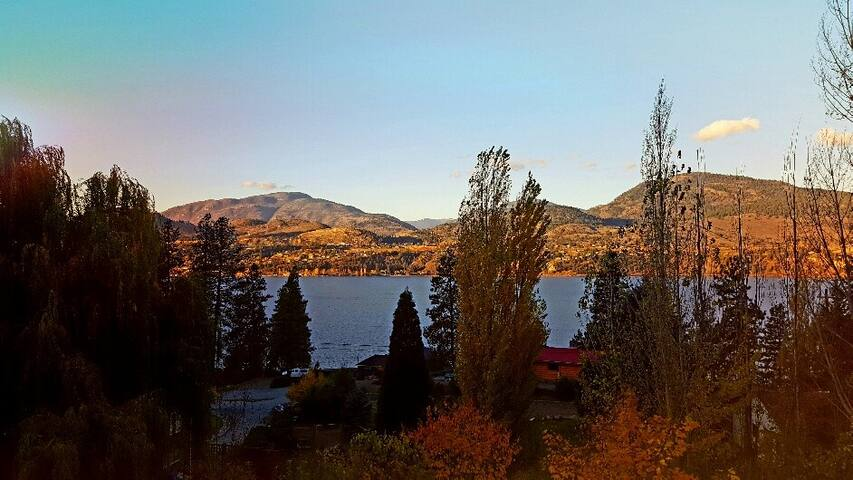 Beautiful Skaha Lake views from private suite