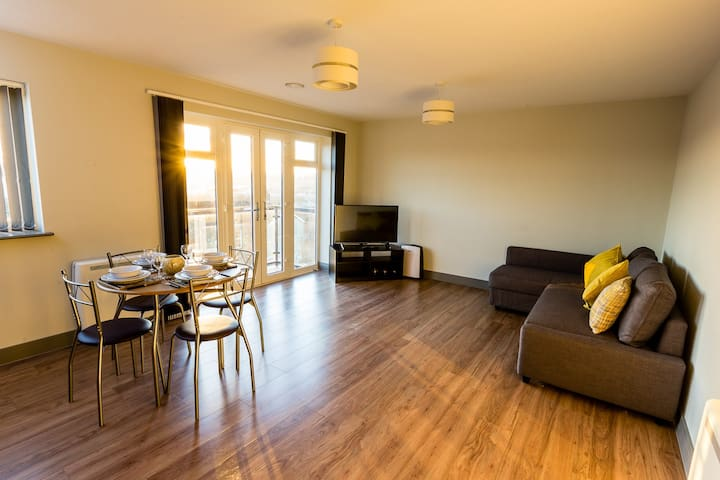 Brand New Modern 2 bedroom apartment - Northfleet - Service appartement