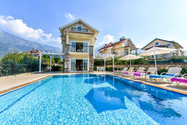 Ölüdeniz'de Muhteşem Tatil Villası -Villa İstanbul