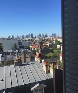 Sur les toits proche Paris - Colombes