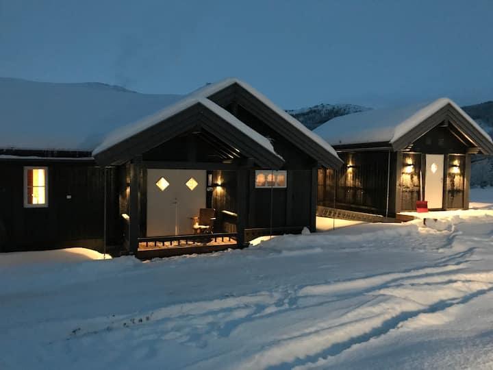 Koselig hytte i fredelige omgivelser