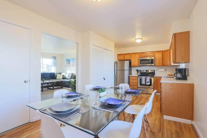 Clean and Secluded | COZY 2 BR HOME