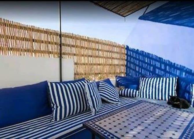 Maison beldi, 30m de la mer - Dżadida