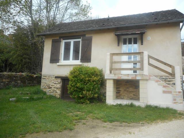 Maison tout confort - Périgord vert - Jumilhac-le-Grand - Casa