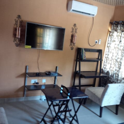 Furnished Executive Chalet-GRA Ikeja, Lagos - Ikeja