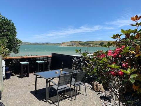 Beach Lane Apartment on the Whangarei Harbour