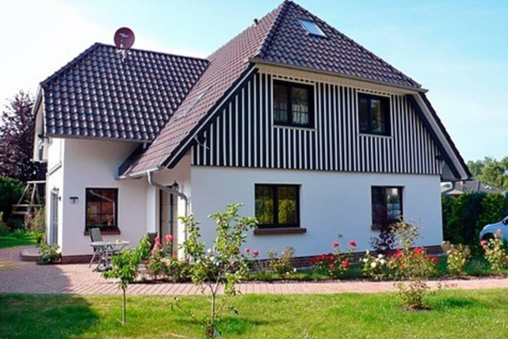 kranichguck app 2 wohnungen zur miete in zingst mecklenburg vorpommern deutschland. Black Bedroom Furniture Sets. Home Design Ideas