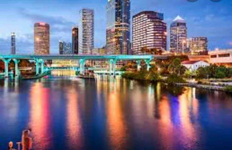 Trendy space w/incredible views in downtown Tampa