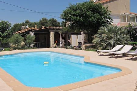 Haut de villa en Provence - Saint-Mitre-les-Remparts