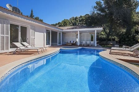 Miramar Beautiful Villa with Pool - Miramar - Leilighet