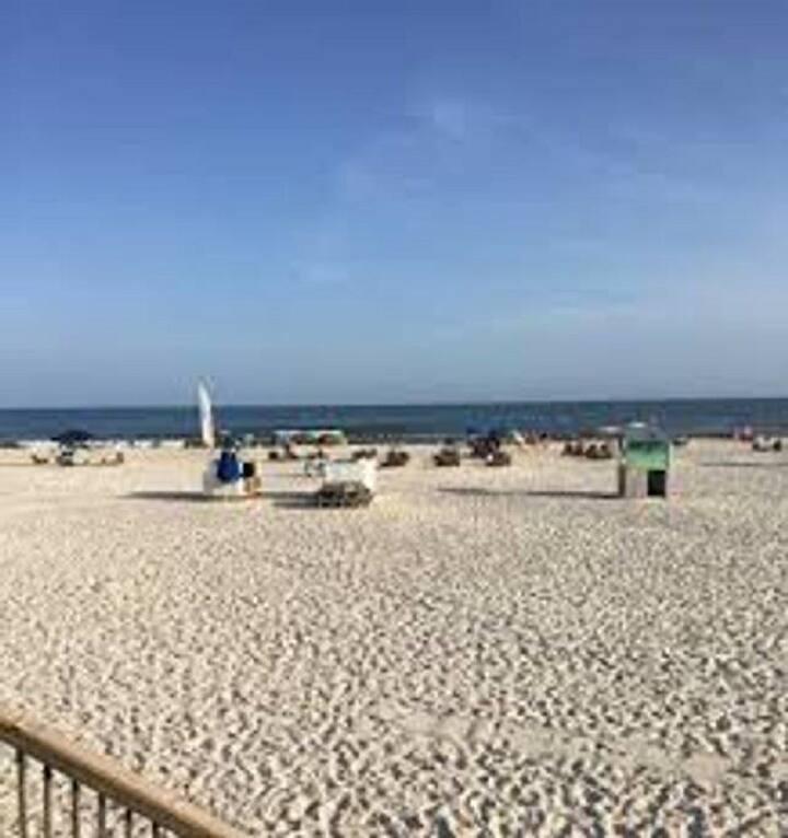 Gulf Shores Hangout