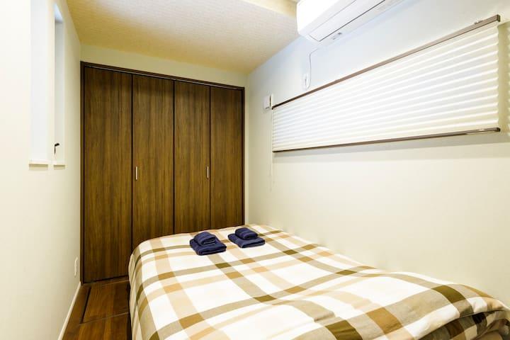 1st floor semi-double bed