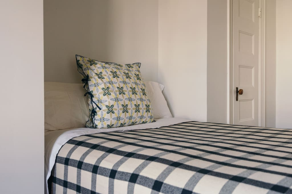All cotton linen sheets for bed