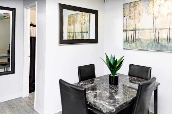 Entire apartment • 7 mins  from Sky Harbor airport