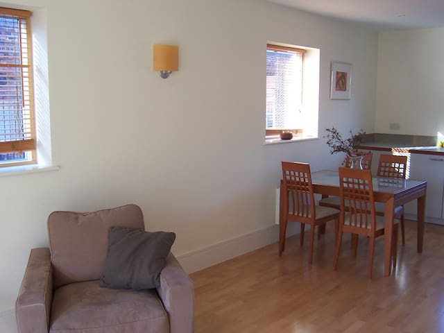 airy city centre two bedroom flat