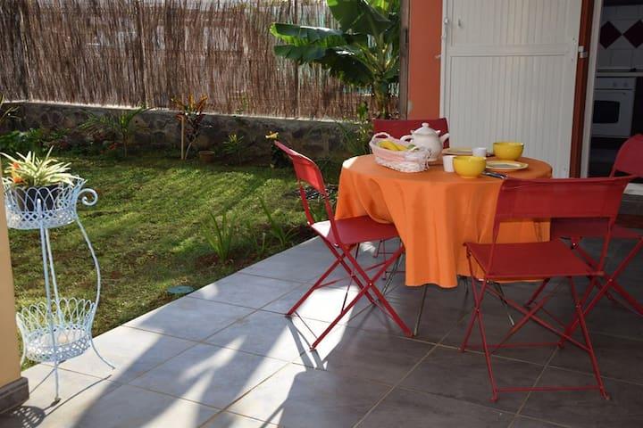 Spacieux appartement T2 avec jardin - Plateau-Caillou - Appartement