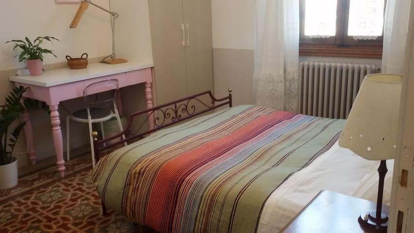 Camera matrimoniale a Peretola