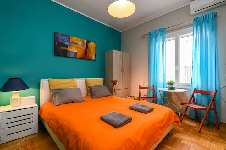 Cosy apartment at Syntagma Square