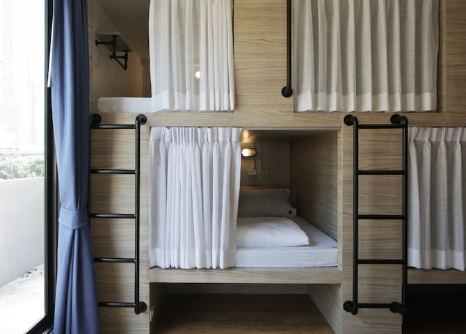 Single Capsule - room only  (LUZ HOSTEL)