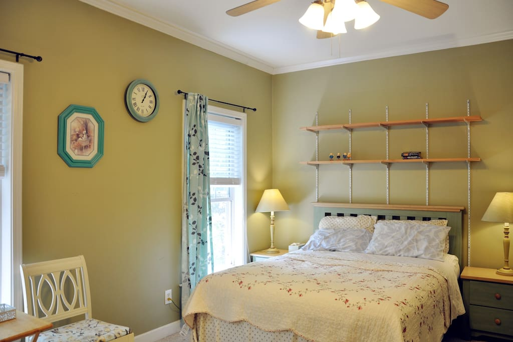 Private room with pillow top queen bed