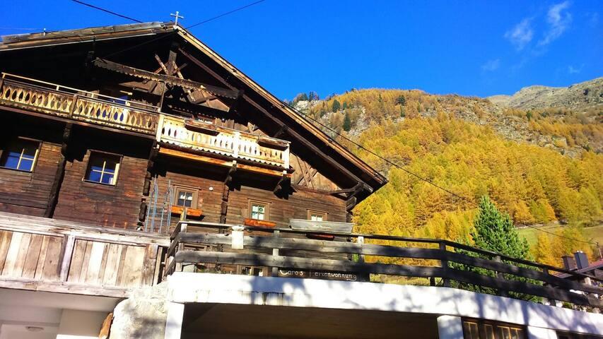 Chalet s'Tyrolia/Sölden -Tradition trifft Moderne - Zwieselstein - House