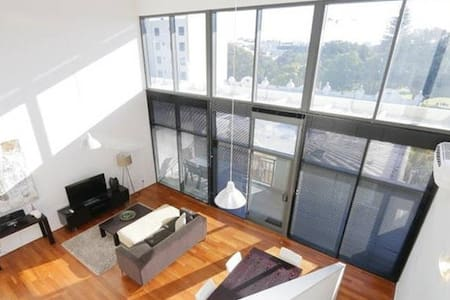 Modern spacious apartment in city - Northbridge - Apartmen
