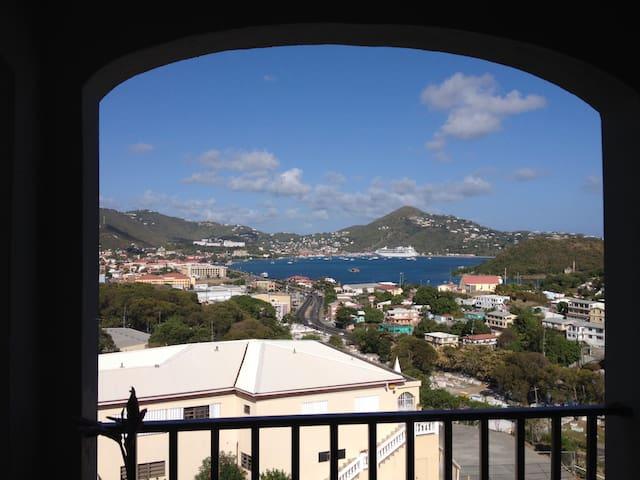 Cool Breezes, Fantastic Harbor View - Charlotte Amalie